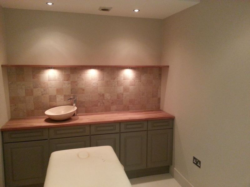 Beauty room guildford quality builders insulation and for Q furniture brighton co